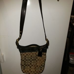 Coach shoulder bucket purse with matching coin bag